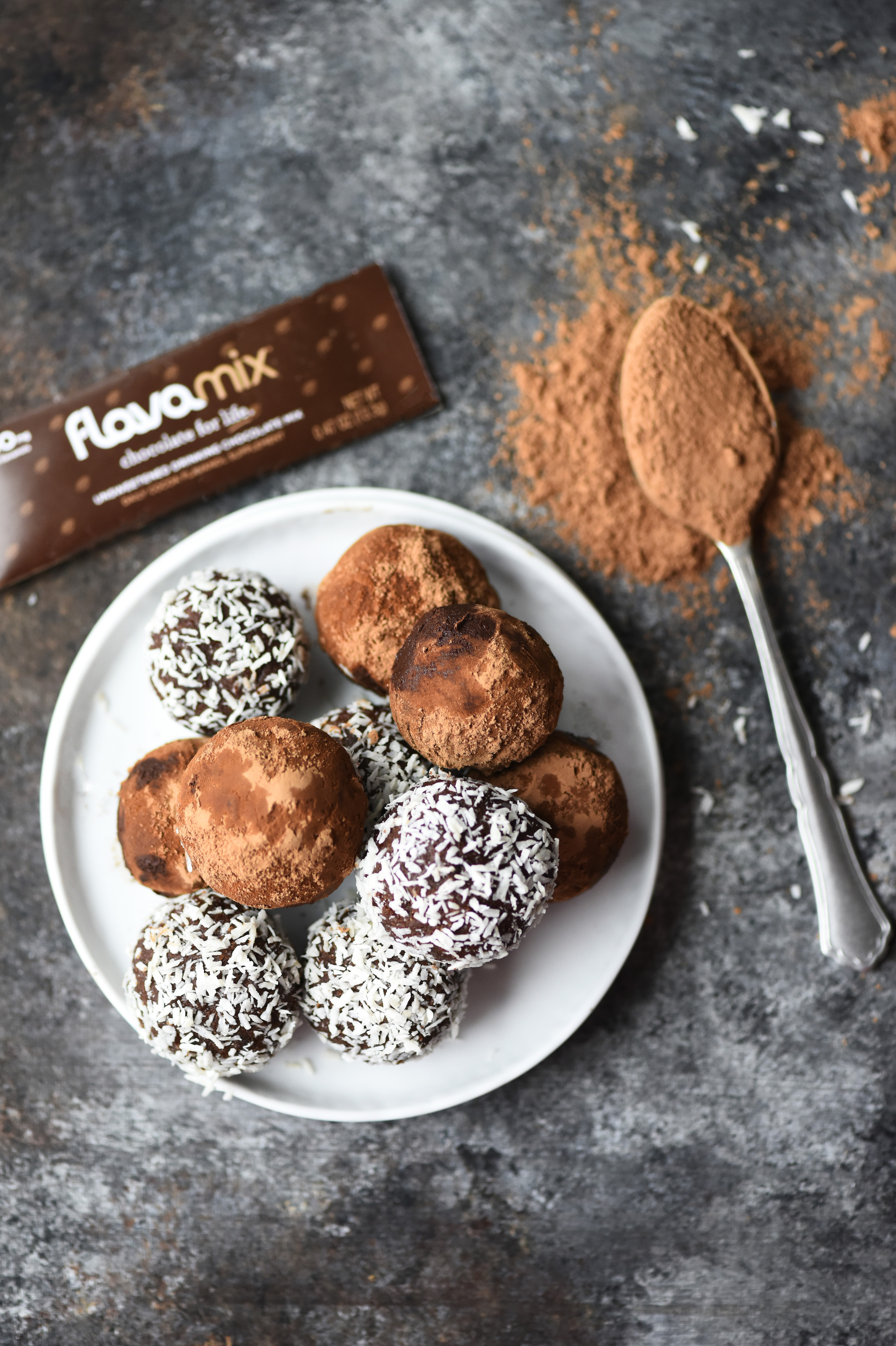 Chocolate Coconut Date Energy Bites with FlavaMix Unsweetened Drinking Chocolate, 900mg Cocoa Flavanols